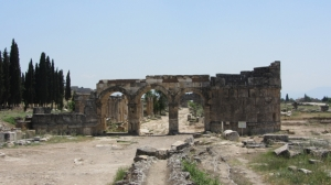 Frontinius Gate, Hierapolis